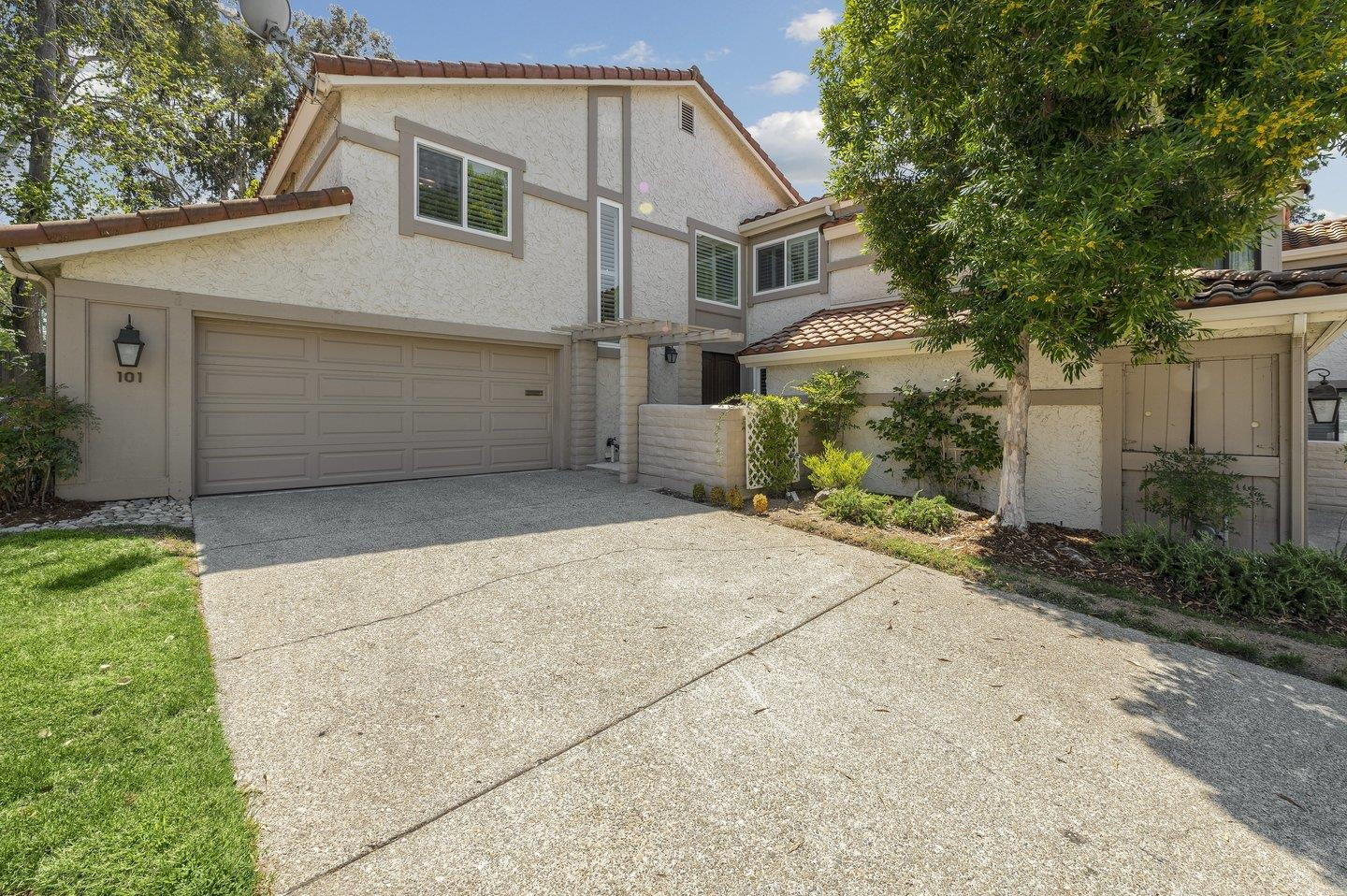Move in and enjoy this gorgeous 4 bedroom townhome in the Rinconada Hills Community of Los Gatos. Large private 3,329 SF lot. Beautifully remodeled throughout. Stunning open chef's kitchen with stainless steel appliances and breakfast bar island. Double-pane windows and central A/C. Gleaming floors. Elegant crown molding and designer touches. All 4 bedrooms are spacious. Large Master suite. Spacious gated backyard with large covered patio & turf lawn. Attached two car garage plus oversized driveway. Cherish daily strolls within the gated community to clubhouse, pools, tennis & waterfront walking paths. Walking distance to all 3 schools and Safeway. Easy access to Bay Clubs Courtside, Los Gatos Creek Trail, freeways and expressways. Award-winning schools. Wow.