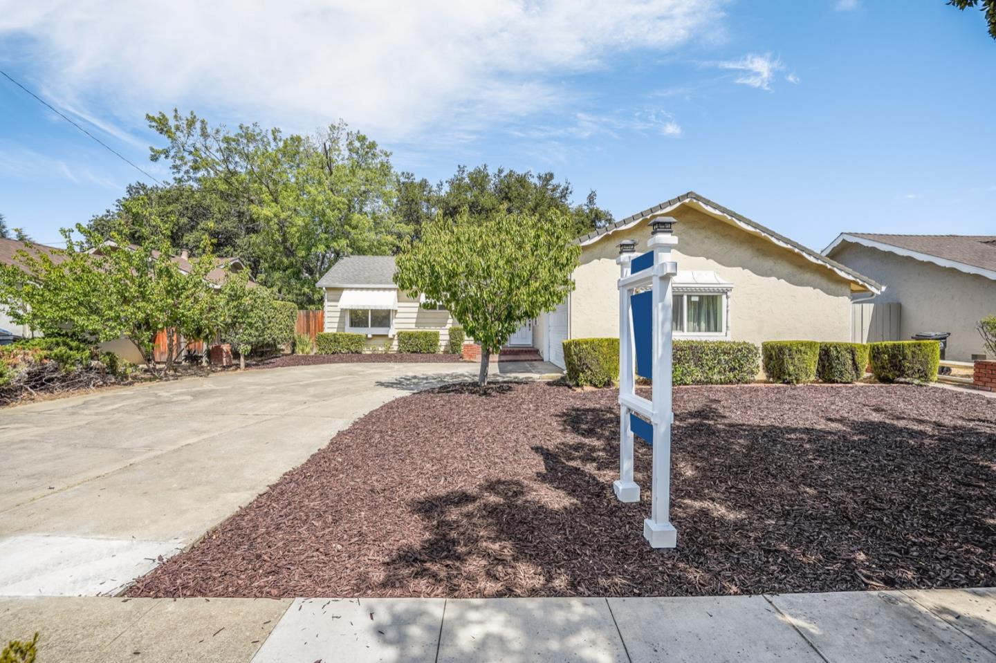 Detail Gallery Image 1 of 1 For 1310 S Blaney Ave, San Jose,  CA 95129 - 3 Beds | 2 Baths