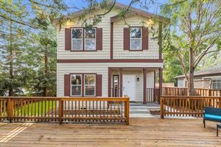 Detail Gallery Image 1 of 1 For 2109 University Ave, Mountain View,  CA 94040 - 4 Beds   2/1 Baths