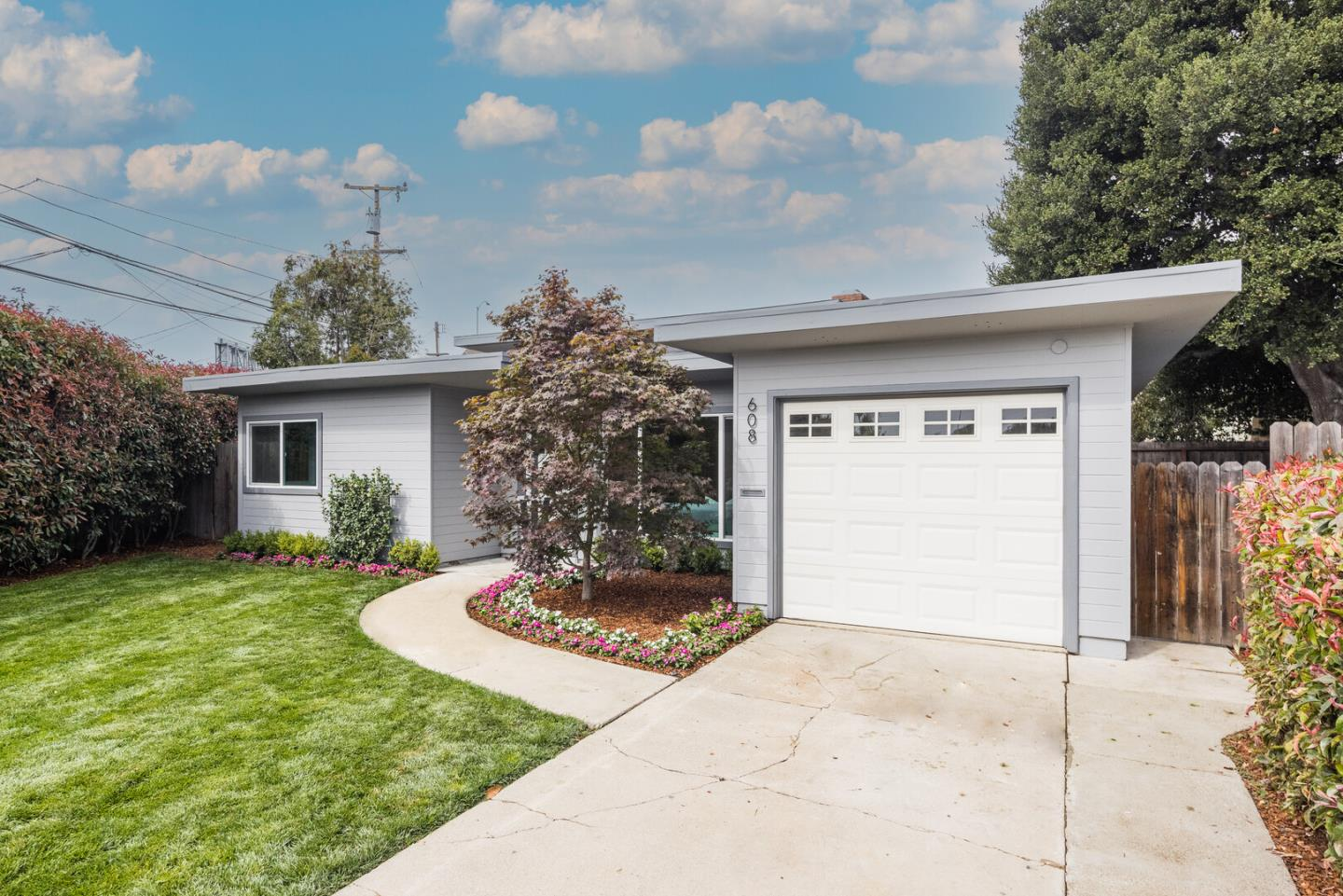 Detail Gallery Image 1 of 1 For 608 Gloria Ct, San Mateo,  CA 94401 - 4 Beds   2 Baths
