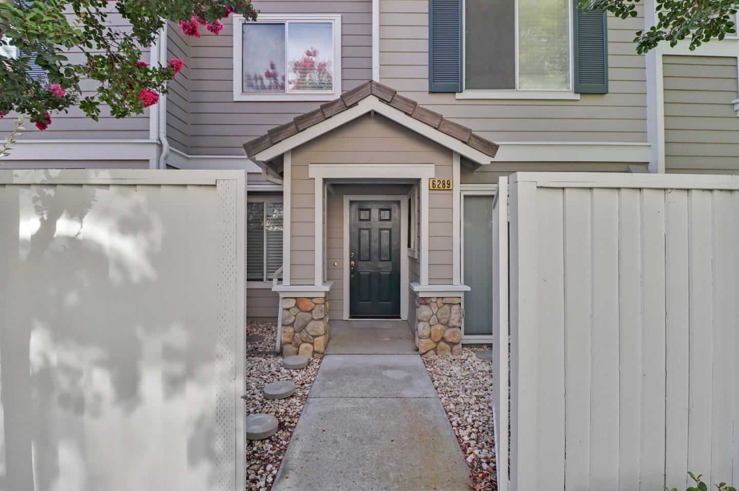 OFFER DEADLINE MONDAY AUG. 2nd AT NOON! This 2 Bed/2.5 Bath/1 Car Garage Townhouse offers the perfect location in the serene & quiet California Groves Community just minutes away from VTA Lightrail, 85/87/101 for an easy commute, Kaiser, Restaurants & Shopping. Upon entering thru the private patio, you will find over $25k in upgrades to the property starting with a fresh coat of paint, new carpet & laminate flooring, appliances, blinds & much more! The Kitchen features wood cabinets for your storage needs, new quartz counter tops & a large sink overlooking the fireplace in the cozy living room. Retire upstairs to the Master Bedroom where the high ceilings & bright light from the window create a peaceful atmosphere. The room also has his & her closets, dual sinks & shower/soaking tub combo perfect for relaxing after a long day. Enjoy all the amenities the community has to offer, walking distance to the community pool, sports courts, playground & shaded grassy areas great for picnics!