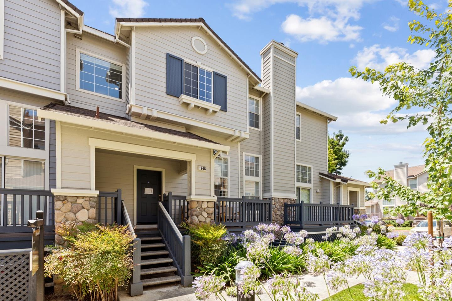 Charming 3beds,2.5baths Townhome nestled in the sought after California Northpointe Community in North San Jose. Bright open floor plan offers separate family room and living room with tiled fireplace and high ceiling. Gourmet Kitchen boasts quartz countertops, SS appliances, white cabinets, and recessed lights. Large master suite enjoys high ceiling and updated bath with double sinks and roomy stall shower. Central heat and AC, dual pane windows, inside laundry, private fenced front patio, and attached two-car garage with car wash area.  Well-maintained community enjoys beautiful landscaping, swimming pool and spa. Conveniently located with walking distance to  H Mart, Ranch 99, City Sports, close to BART, park, and mall. Easy access to Hwy101/880/680. Visit https://www.1846bristolbay.com for details.