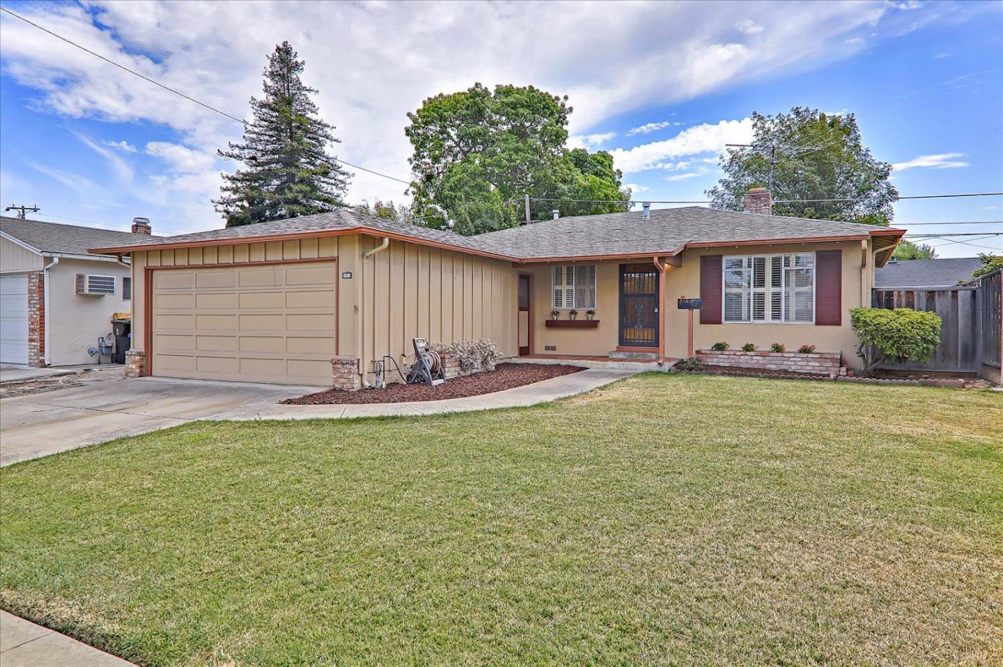 Come see this amazing three bedroom, two bath home in the Sundale neighborhood of Fremont. This house offers newly refinished hardwood floors, new interior paint and a master suite. You'll love to entertain on the big back patio. This is a place that anyone would love to call home!
