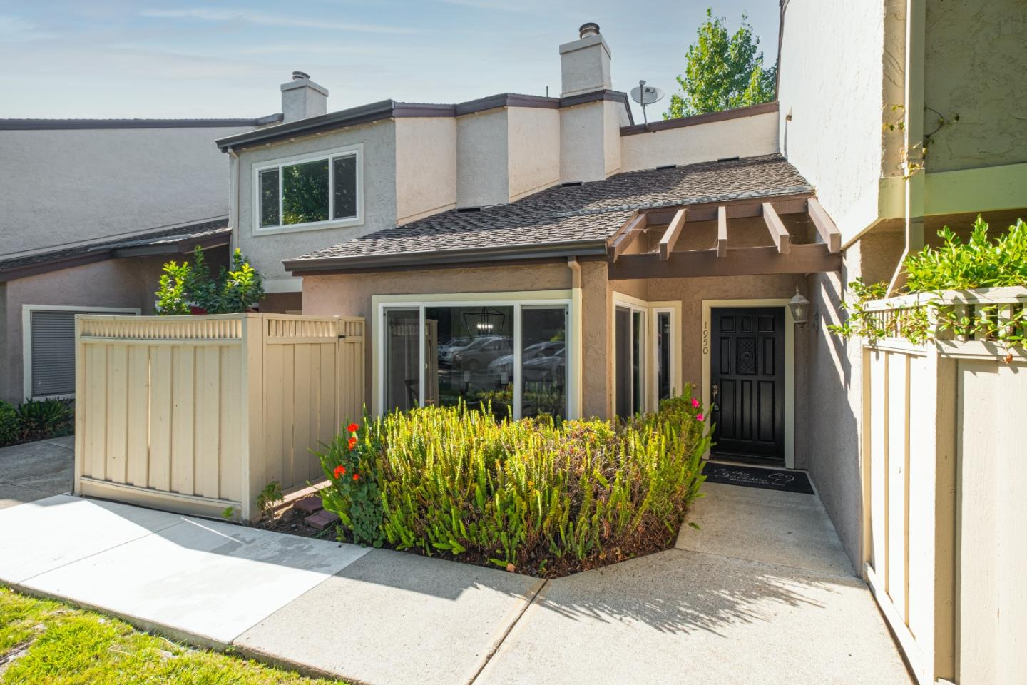 Your Modern Lifestyle in Los Gatos Estates Awaits. Welcome Home to 1950 Las Encinas Ct. A newly remodeled 3 bedroom, 3 full baths and large den with access to the outside. This townhome has a single family home feel with a spacious floor plan,  vaulted ceilings, large windows wrap the dinning area welcoming abundant natural light into your home. Other features include AC, fireplace in the living room, a private study perfectly situated for working from home, laundry, and two private patios to soak in the sun. The spacious master suite has a large walk in closet and a master bathroom with dual vanity and a sunken tub. Two additional bedrooms with mirrored closet doors and a full bath complete the second level. The complex features lush walkways throughout the grounds, tennis court, pool, and spa. Top ranked Marshall Lane Elementary, Rolling Hills Middle, Westmont High (buyer to verify). Complex is adjacent to Rolling Hills Middle School and Rinconada Shopping Center.