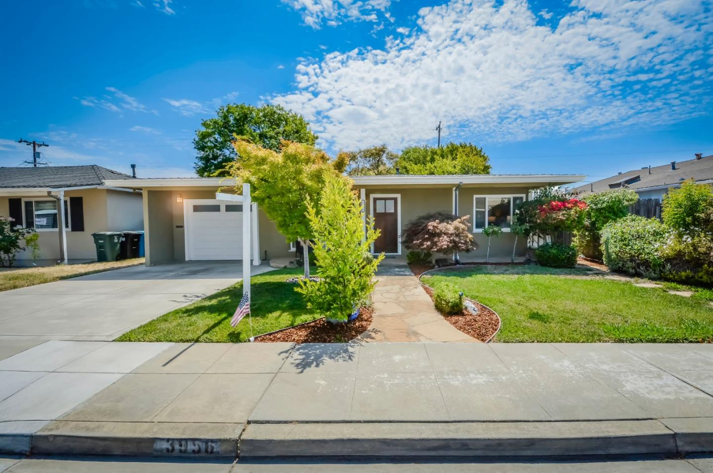 Detail Gallery Image 1 of 1 For 3956 Branson Dr, San Mateo,  CA 94403 - 2 Beds | 1 Baths
