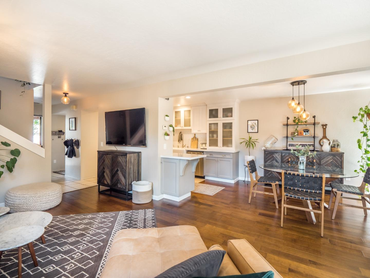 Detail Gallery Image 1 of 1 For 6339 Imperial Ct, Aptos,  CA 95003 - 2 Beds | 2/1 Baths