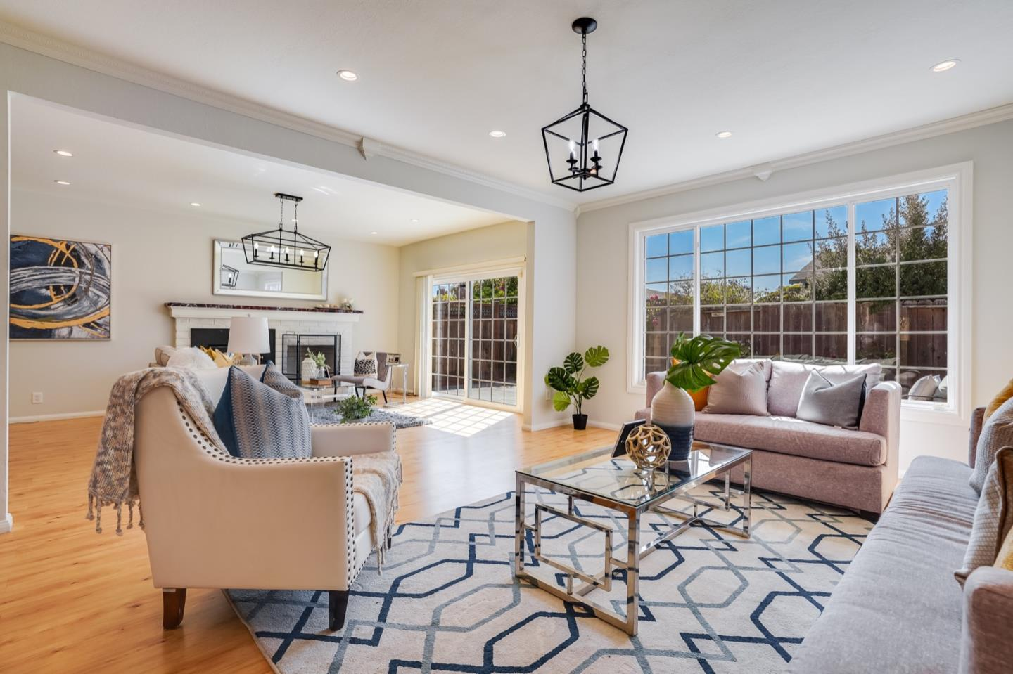Detail Gallery Image 1 of 1 For 1971 Beach Park Blvd, Foster City,  CA 94404 - 3 Beds | 2 Baths