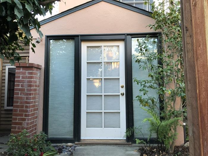 Detail Gallery Image 1 of 1 For 2024 Oberlin St #A,  Palo Alto,  CA 94306 - 2 Beds   2 Baths
