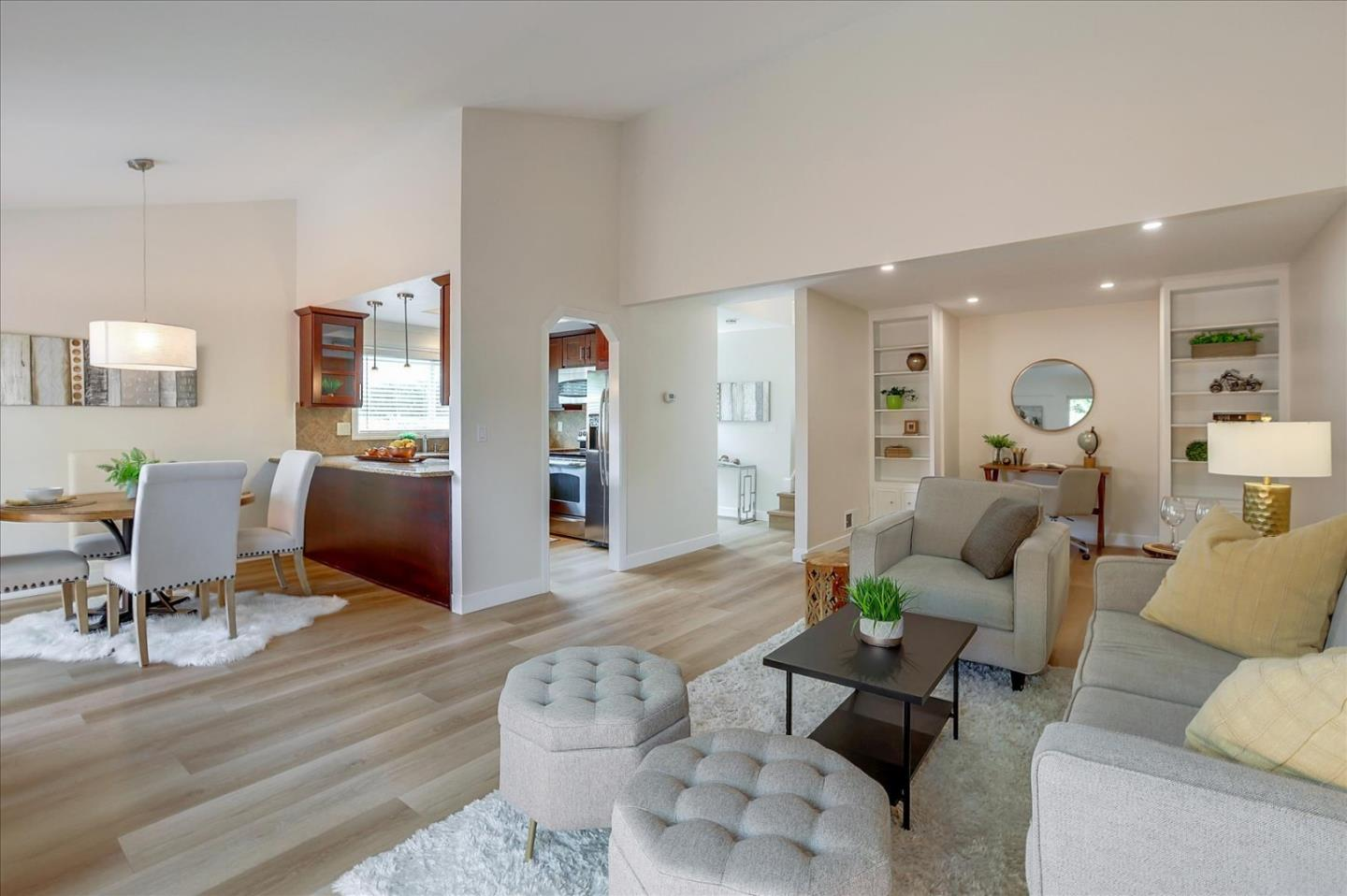 Detail Gallery Image 1 of 1 For 10904 Northview Sq, Cupertino,  CA 95014 - 2 Beds   2 Baths