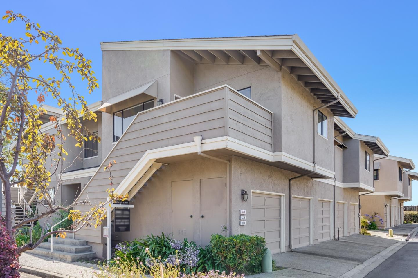 Detail Gallery Image 1 of 1 For 228 Bonita Ln, Foster City,  CA 94404 - 1 Beds   1 Baths