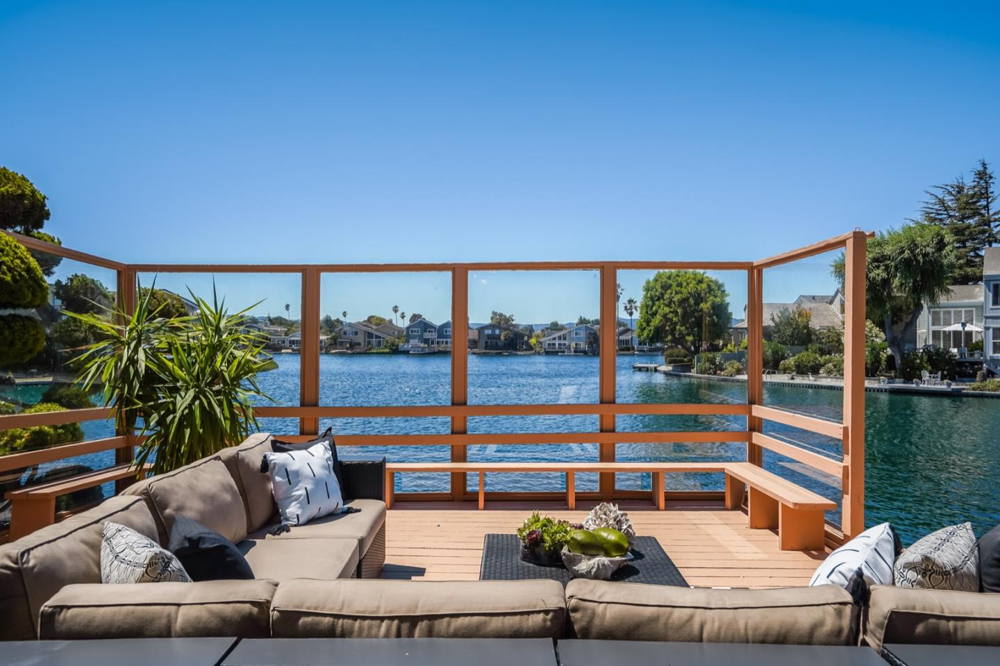Detail Gallery Image 1 of 1 For 998 Flying Fish St, Foster City,  CA 94404 - 4 Beds | 2/1 Baths