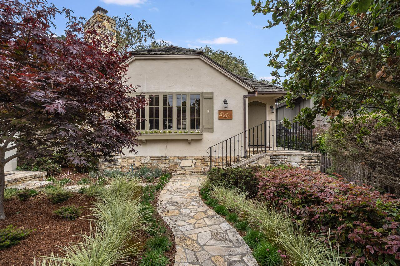 Detail Gallery Image 1 of 1 For 4ne Of 4th Monte Verde, Carmel,  CA 93921 - 3 Beds   2 Baths
