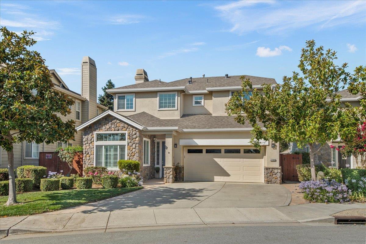 Detail Gallery Image 1 of 1 For 17785 Calle Hermosa, Morgan Hill,  CA 95037 - 4 Beds   3 Baths