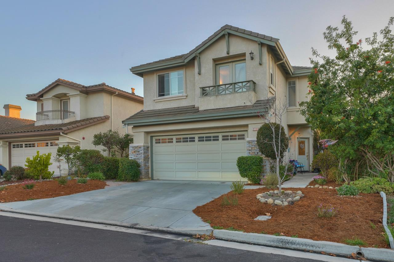 Detail Gallery Image 1 of 31 For 27355 Bavella Way, Salinas,  CA 93908 - 4 Beds   2/1 Baths