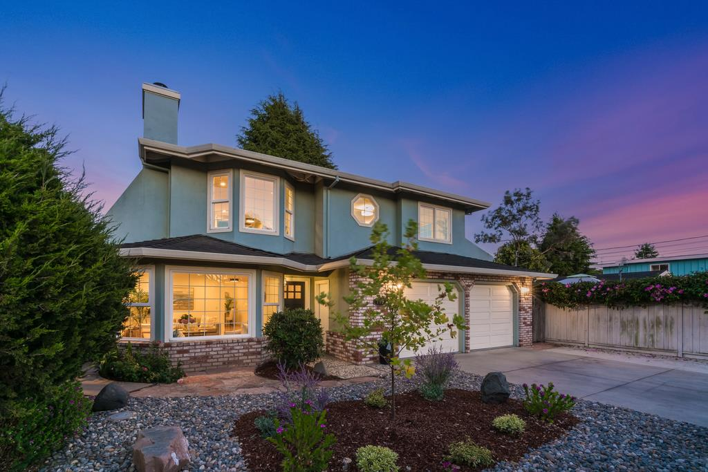 Detail Gallery Image 1 of 1 For 119 Seacliff Dr, Aptos,  CA 95003 - 4 Beds   3/1 Baths