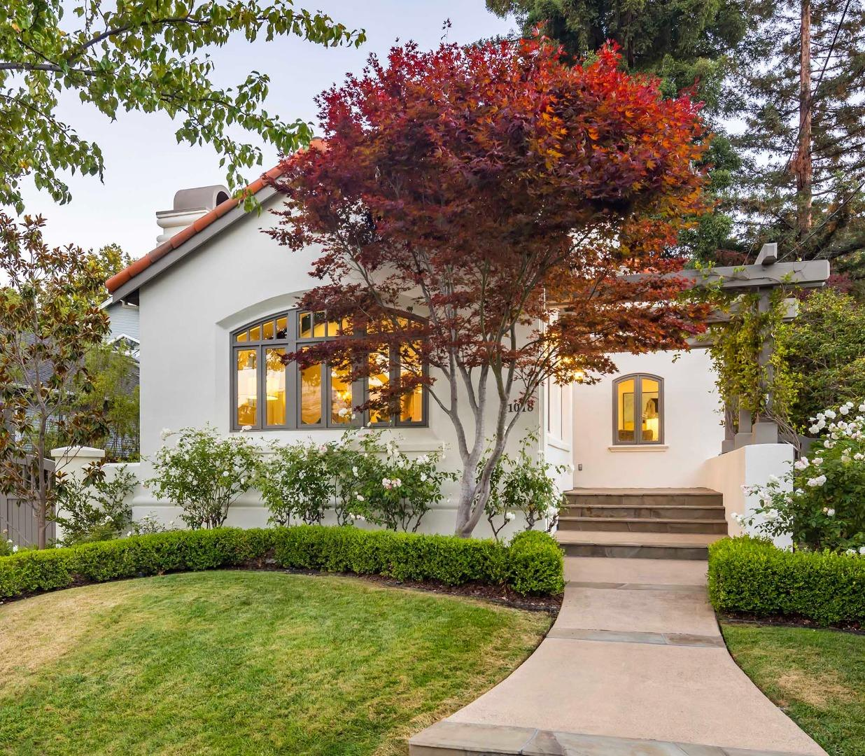 Detail Gallery Image 1 of 1 For 1018 Fulton St, Palo Alto,  CA 94301 - 5 Beds   4 Baths