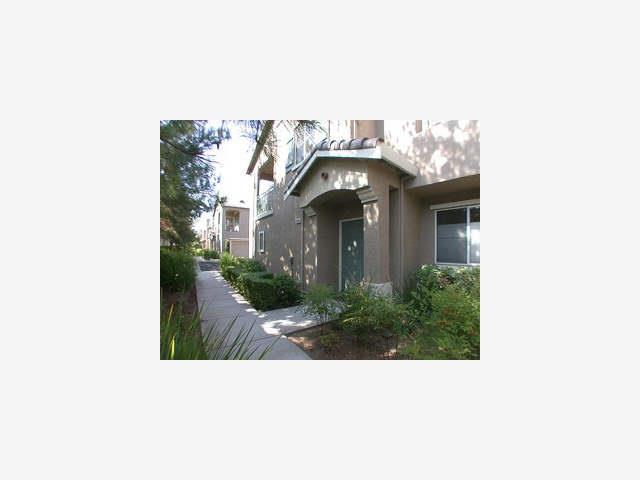 Detail Gallery Image 1 of 12 For 3749 Jasmine Cir, San Jose,  CA 95135 - 2 Beds | 2 Baths
