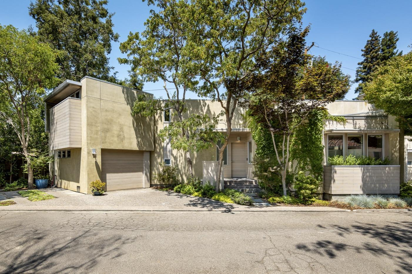 Detail Gallery Image 1 of 35 For 1181 Lincoln Ave, Palo Alto,  CA 94301 - 3 Beds | 2 Baths