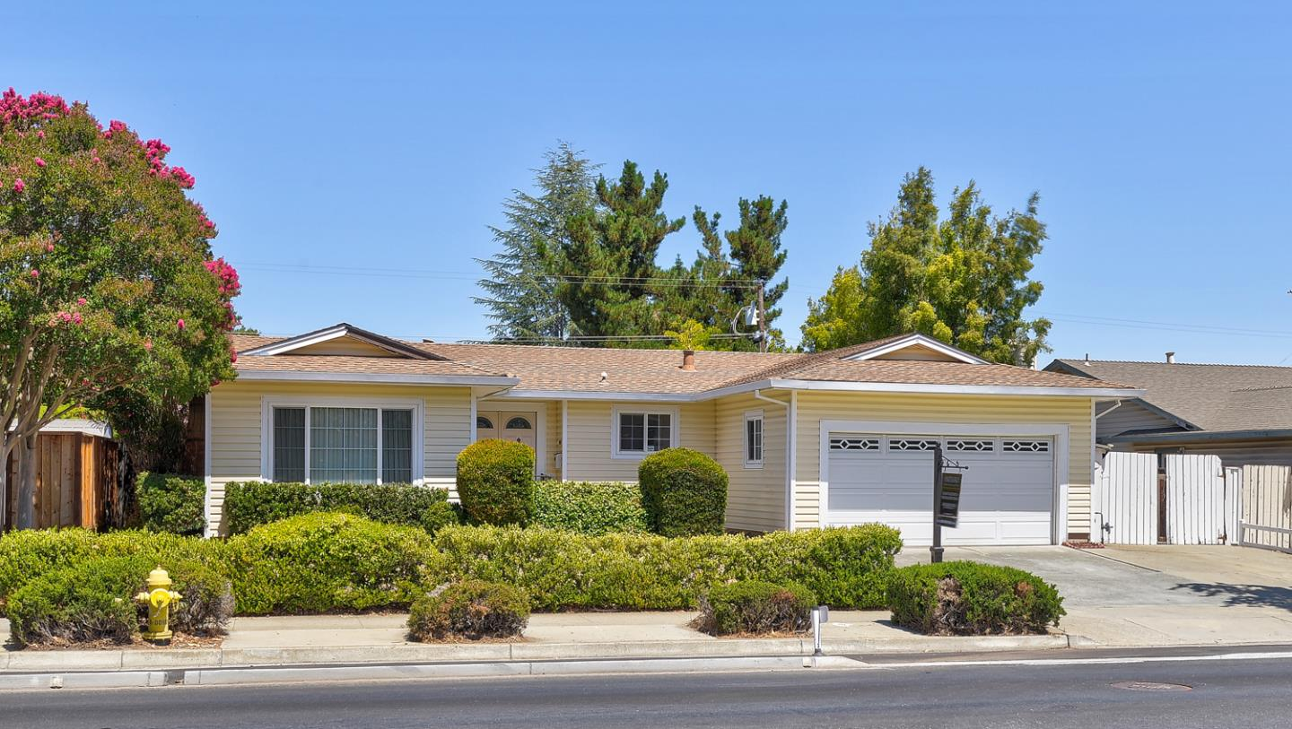 Detail Gallery Image 1 of 1 For 20631 Mcclellan Rd, Cupertino,  CA 95014 - 3 Beds | 2 Baths