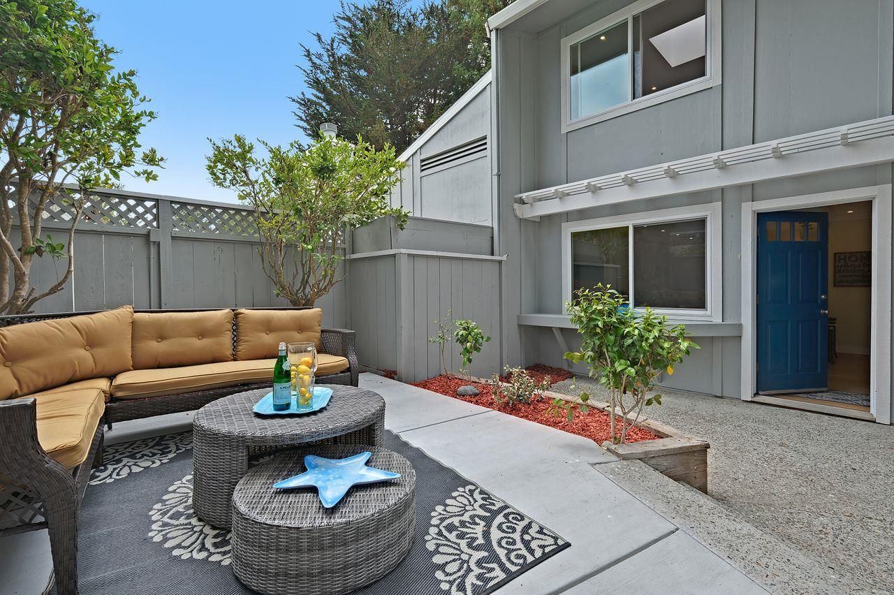 Detail Gallery Image 1 of 1 For 1484 Dolphin Dr, Aptos,  CA 95003 - 2 Beds | 1/1 Baths