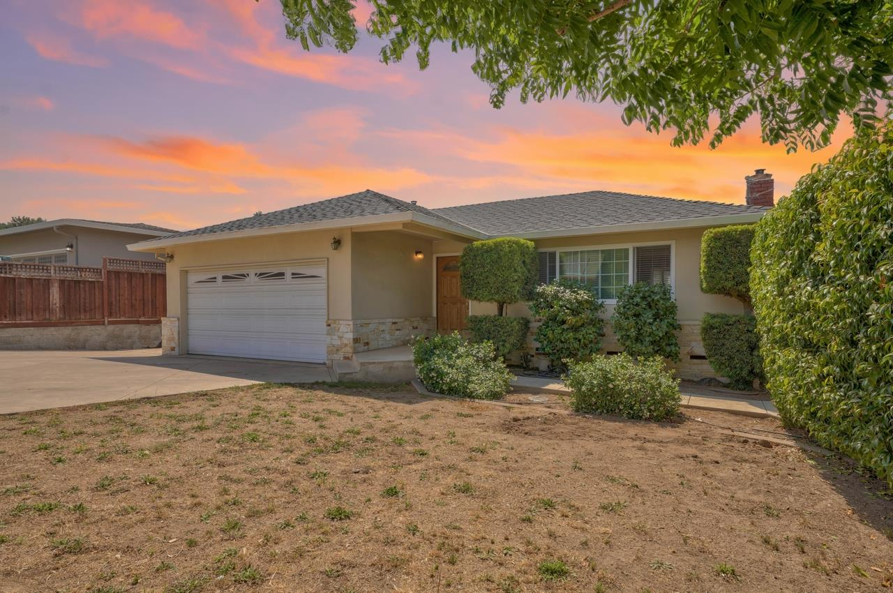 Detail Gallery Image 1 of 1 For 351 Robbins Way, Aromas,  CA 95004 - 3 Beds   1/1 Baths