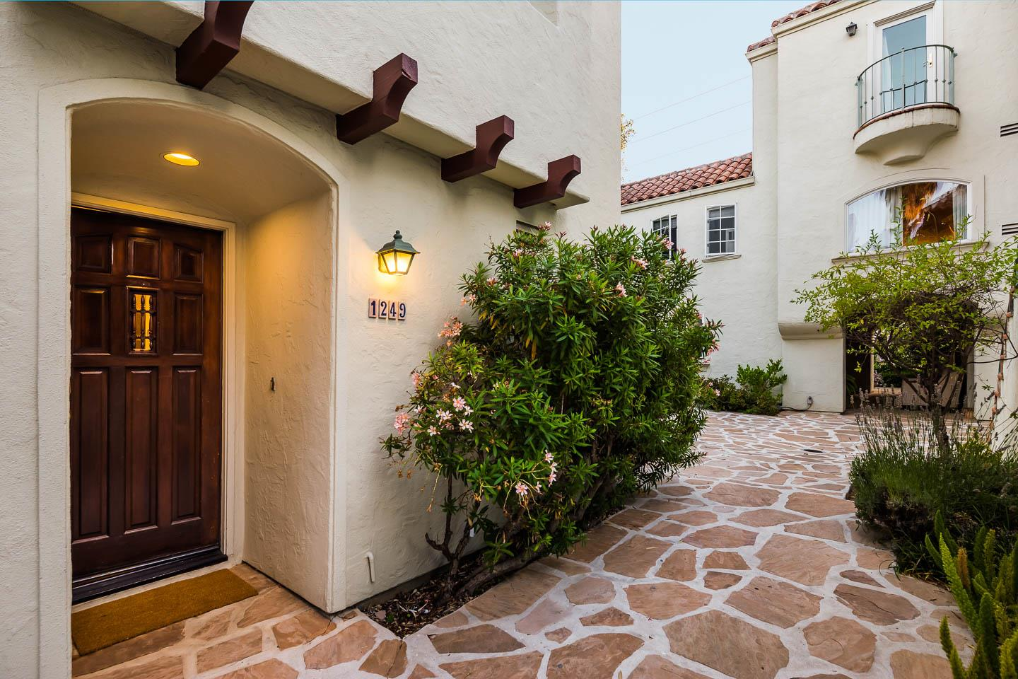 Detail Gallery Image 1 of 1 For 1249 Alma St, Palo Alto,  CA 94301 - 2 Beds | 2/1 Baths