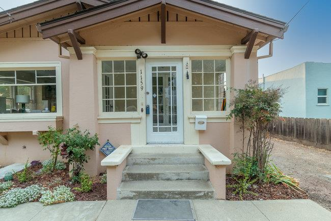 Detail Gallery Image 1 of 1 For 1159 Monterey St, Hollister,  CA 95023 - 3 Beds   1/1 Baths