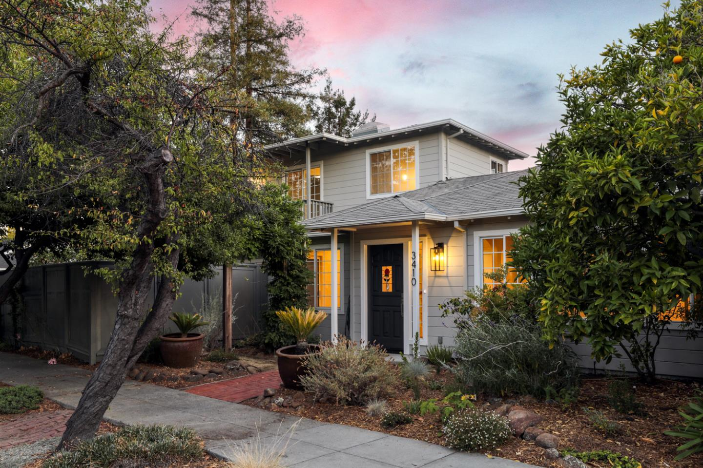 Detail Gallery Image 1 of 1 For 3410 Park Blvd, Palo Alto,  CA 94306 - 4 Beds   2/1 Baths