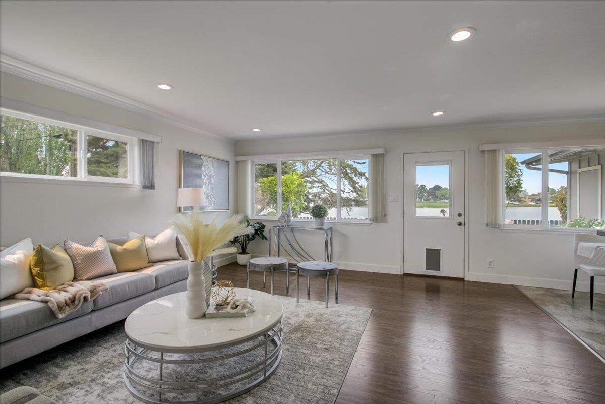 Detail Gallery Image 1 of 1 For 1549 Lago St #1,  San Mateo,  CA 94403 - 2 Beds | 1/1 Baths