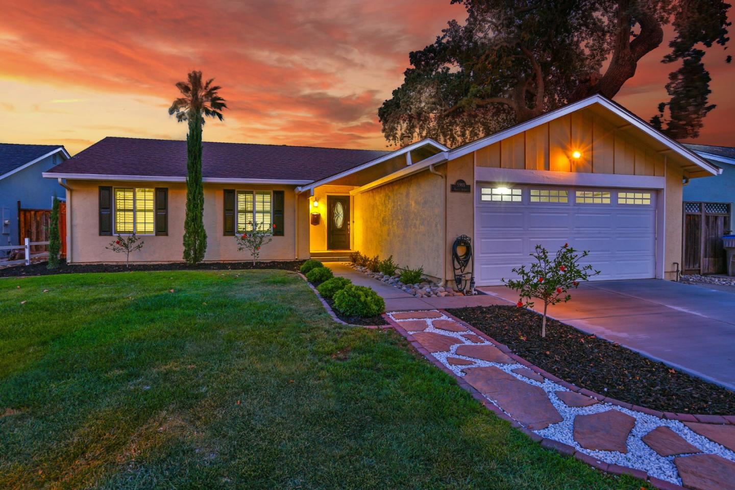 Detail Gallery Image 1 of 1 For 5918 Garces, San Jose,  CA 95123 - 4 Beds   2 Baths