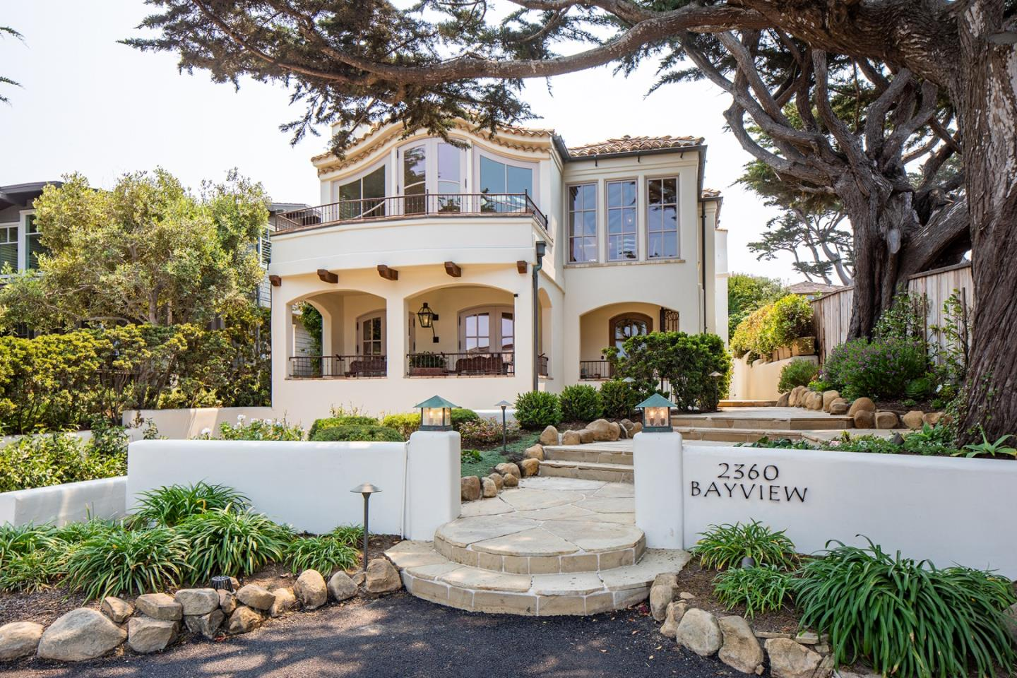 Detail Gallery Image 1 of 1 For 2360 Bay View Ave, Carmel,  CA 93923 - 4 Beds | 3/1 Baths