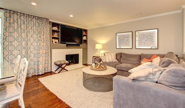 Detail Gallery Image 1 of 11 For 629 Channing Ave #2,  Palo Alto,  CA 94301 - 3 Beds | 2 Baths