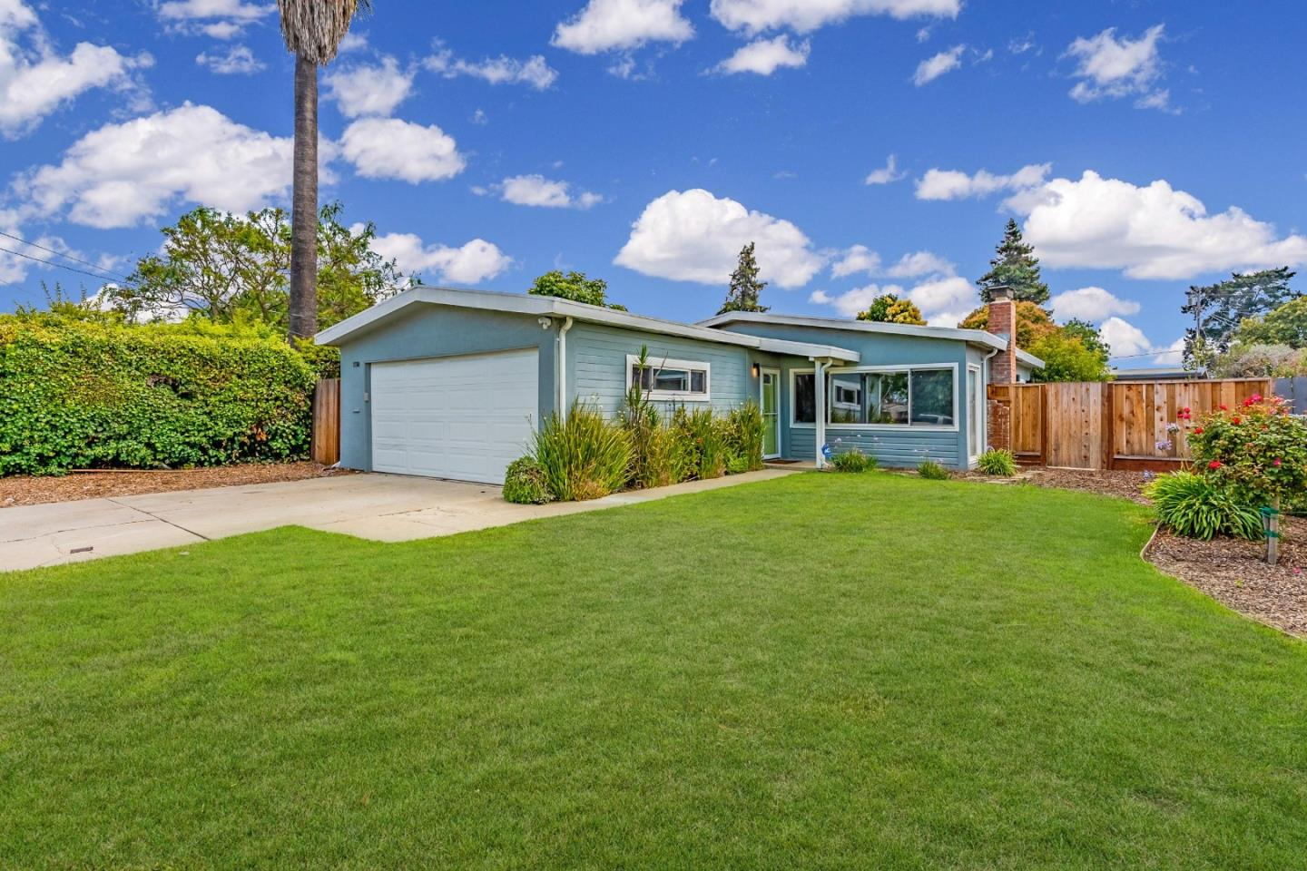 Detail Gallery Image 1 of 1 For 2760 Xavier St, East Palo Alto,  CA 94303 - 3 Beds | 1 Baths