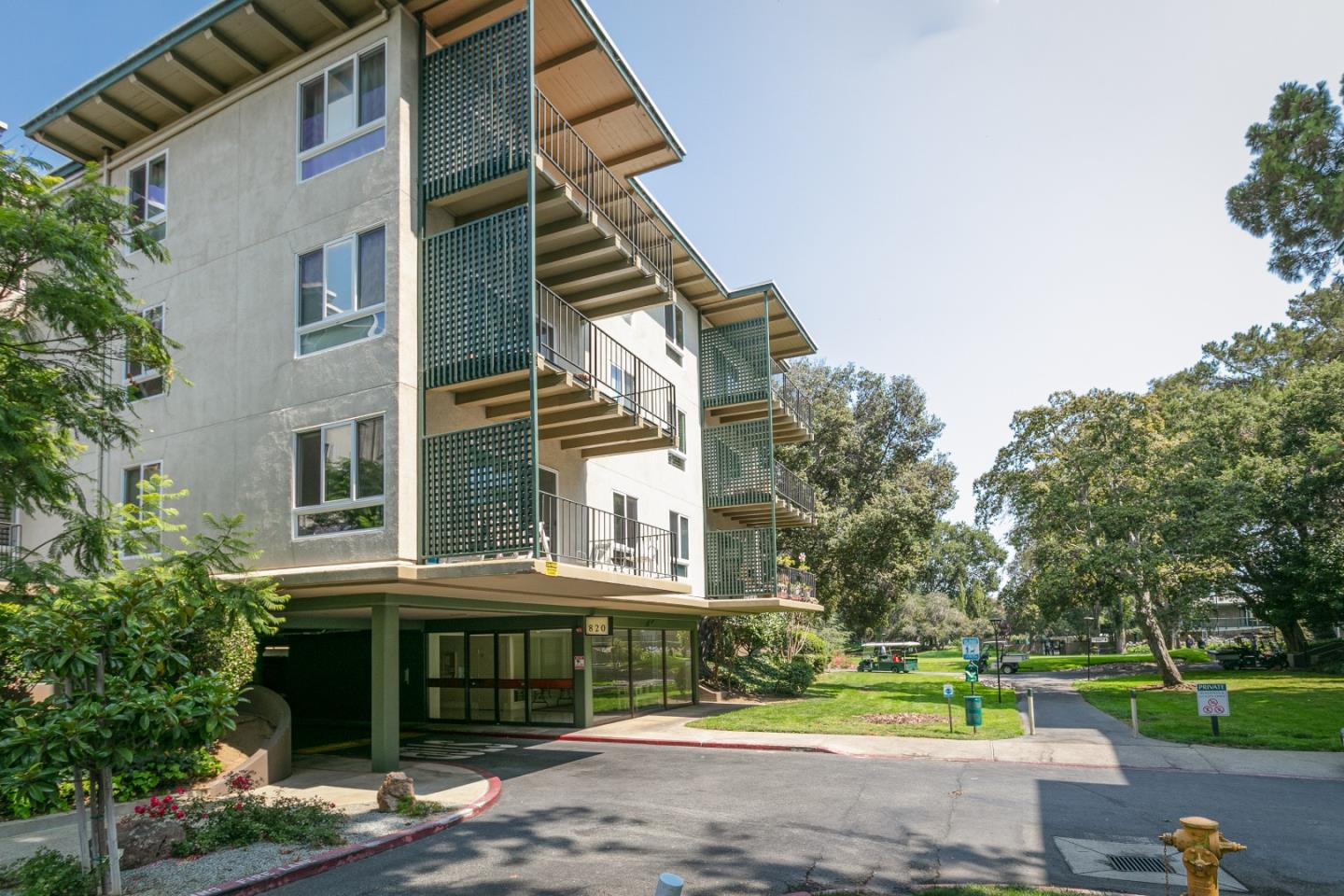 Detail Gallery Image 1 of 1 For 820 N Delaware St #308,  San Mateo,  CA 94401 - 1 Beds   1 Baths