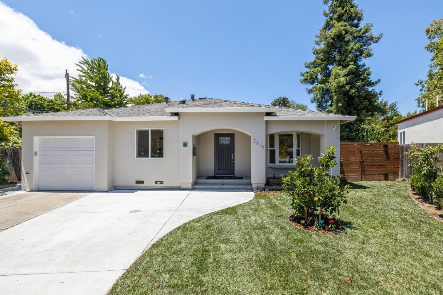 Detail Gallery Image 1 of 49 For 2319 Sierra Ct, Palo Alto,  CA 94303 - 4 Beds   4 Baths