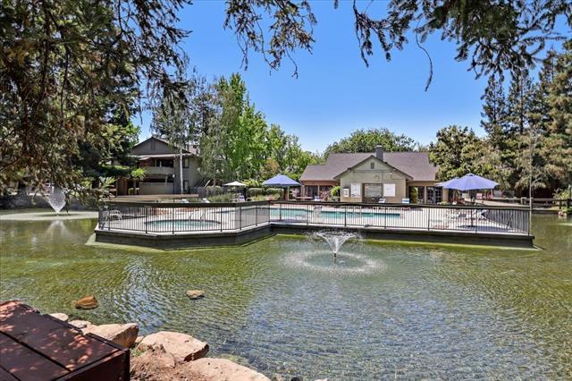 Detail Gallery Image 1 of 9 For 2715 La Terrace Cir #2715,  San Jose,  CA 95123 - 2 Beds   2 Baths