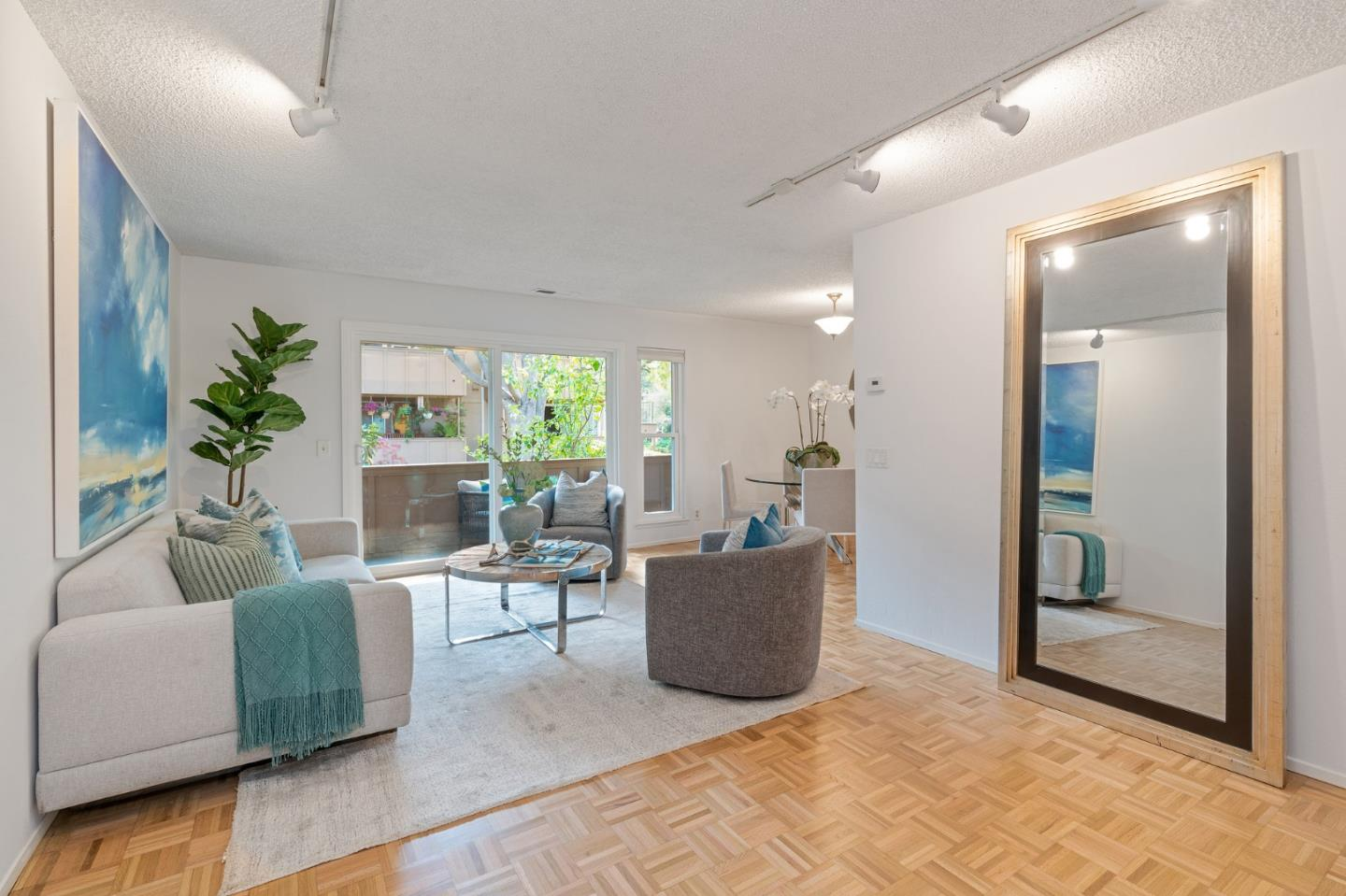 Detail Gallery Image 1 of 1 For 2458 W Bayshore Rd #3,  Palo Alto,  CA 94303 - 2 Beds | 1 Baths