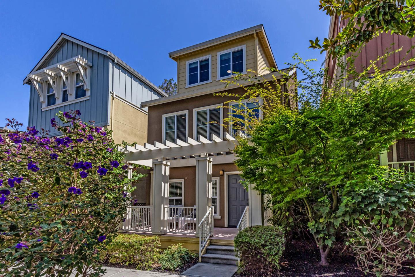 Detail Gallery Image 1 of 1 For 308 Lavender Dr, Mountain View,  CA 94041 - 3 Beds | 3/1 Baths