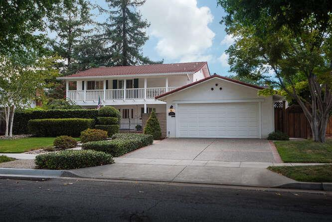Detail Gallery Image 1 of 31 For 1866 Kirkmont Dr, San Jose,  CA 95124 - 6 Beds   3 Baths