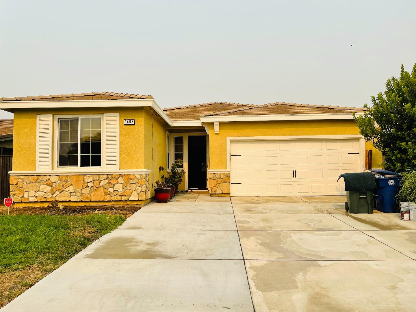 Detail Gallery Image 1 of 1 For 1463 Orgullo Lane, Manteca,  CA 95337 - 3 Beds   2 Baths
