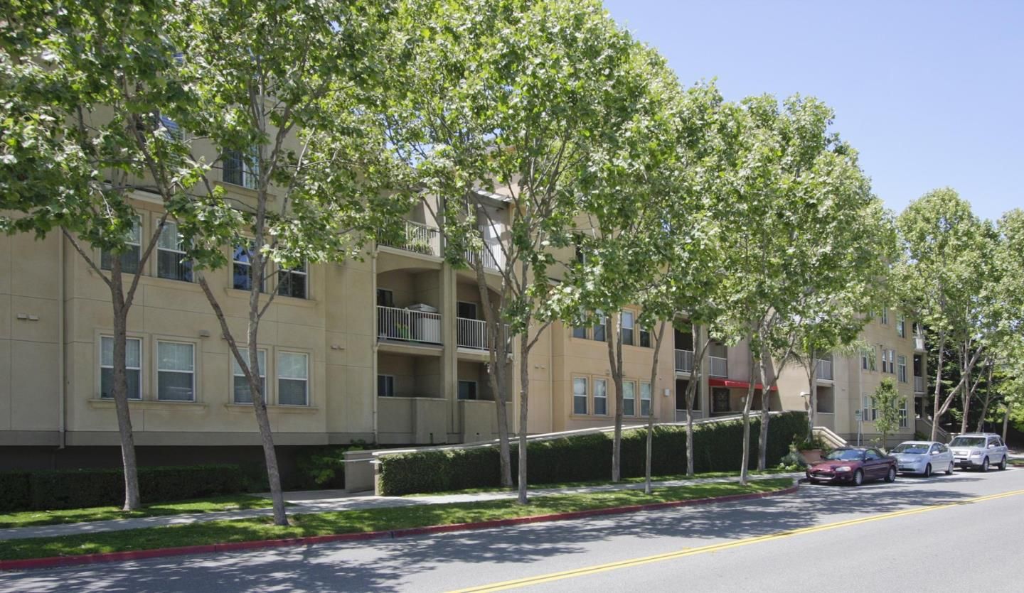 Detail Gallery Image 1 of 1 For 2255 Showers Dr #334,  Mountain View,  CA 94040 - 2 Beds   2 Baths