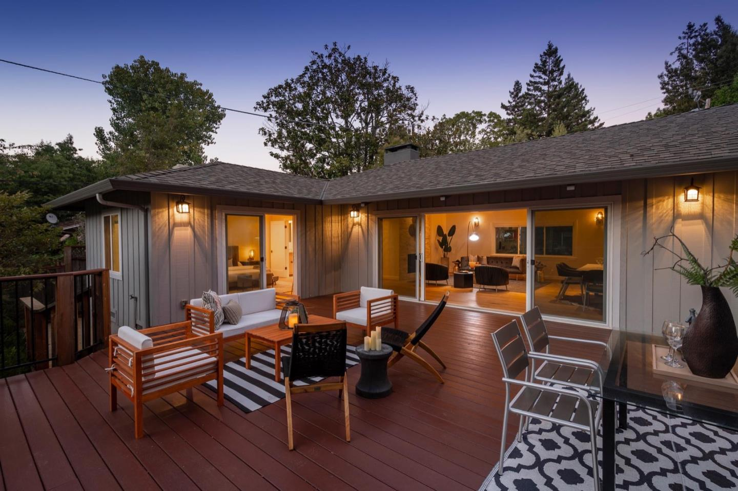 Detail Gallery Image 1 of 36 For 731 Edgewood Rd, San Mateo,  CA 94402 - 3 Beds | 2 Baths
