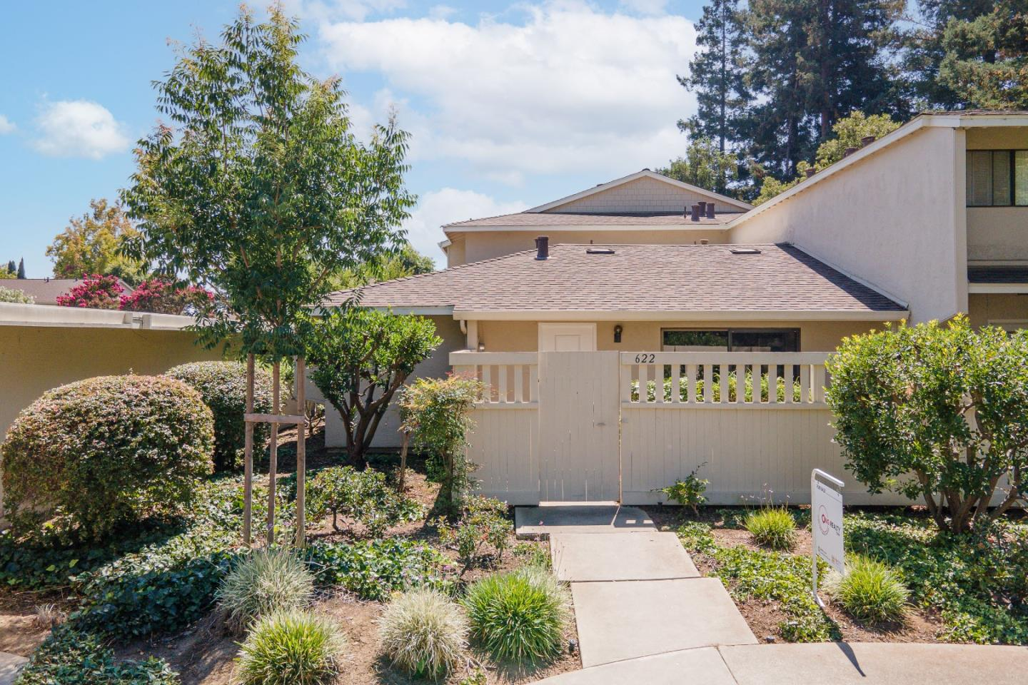 Detail Gallery Image 1 of 40 For 622 Picasso Ter, Sunnyvale,  CA 94087 - 2 Beds   1/1 Baths