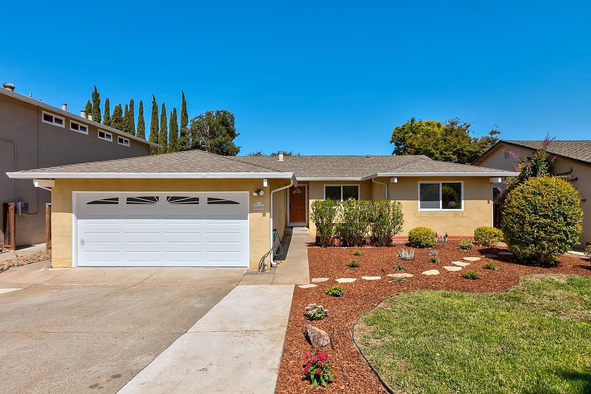 Detail Gallery Image 1 of 30 For 2845 Silver Est, San Jose,  CA 95135 - 4 Beds   2 Baths