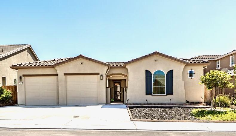 Detail Gallery Image 1 of 66 For 1621 Lily Ct, Hollister,  CA 95023 - 4 Beds   3/1 Baths