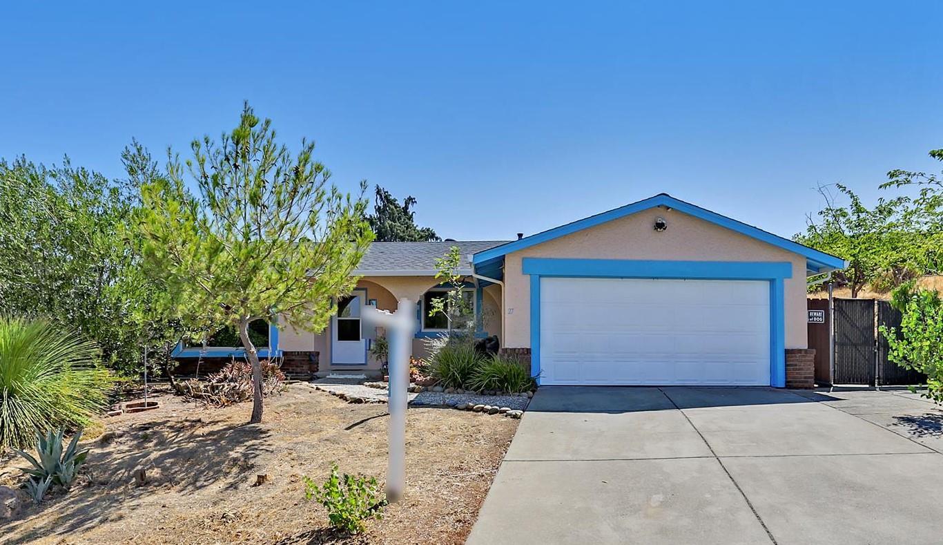 27 Casa Verde Way, PITTSBURG, CA 94565