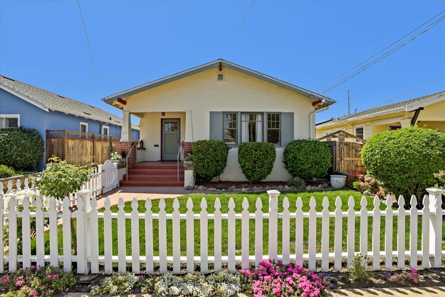 Detail Gallery Image 1 of 39 For 514 S Delaware St, San Mateo,  CA 94402 - 2 Beds | 1 Baths