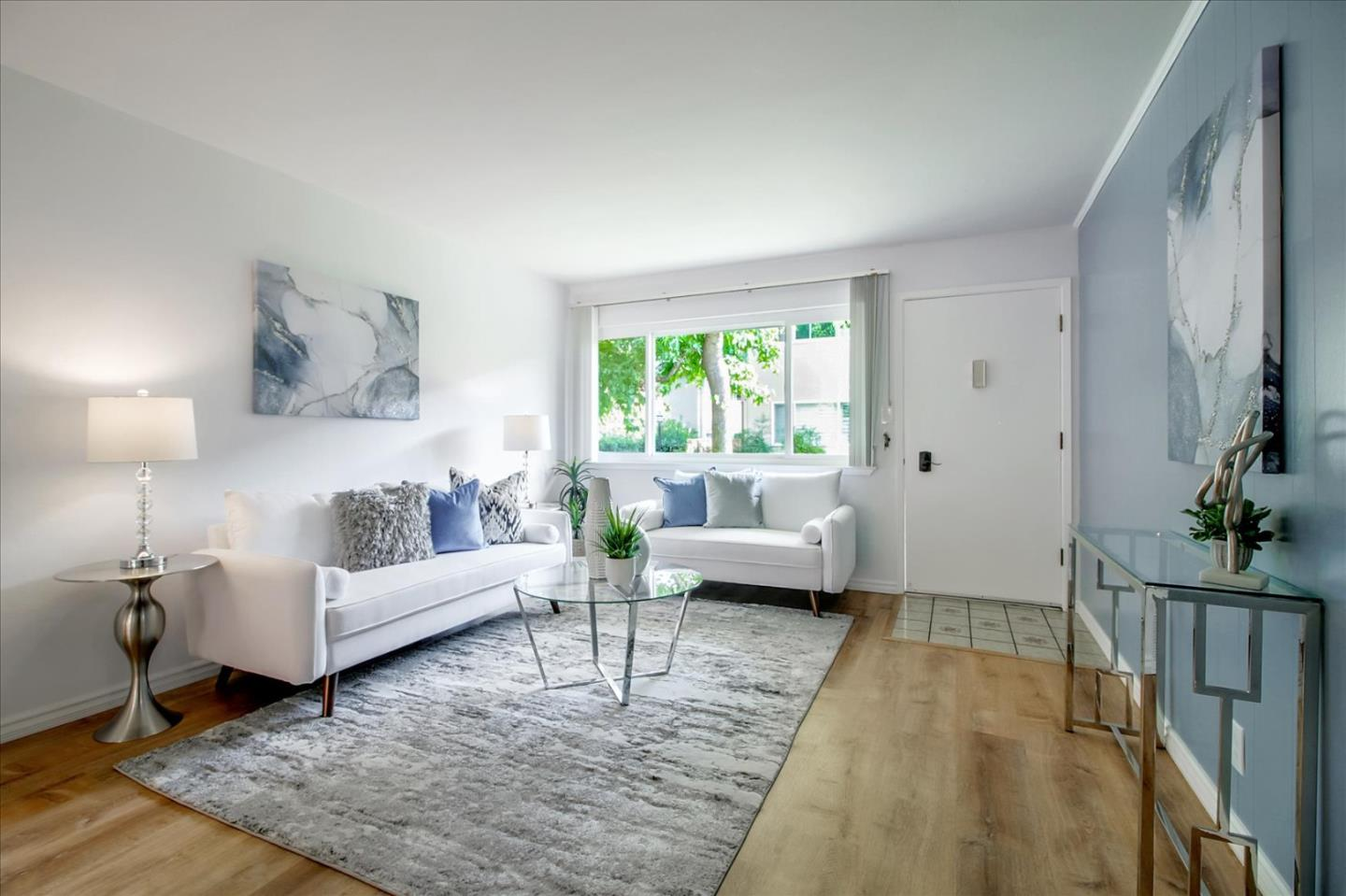 Detail Gallery Image 1 of 1 For 1369 Phelps Ave #5,  San Jose,  CA 95117 - 2 Beds   1 Baths