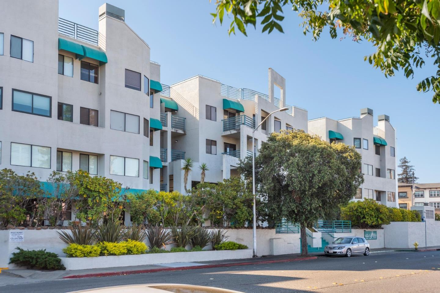 Detail Gallery Image 1 of 1 For 320 Peninsula Ave #313,  San Mateo,  CA 94401 - 2 Beds | 2 Baths