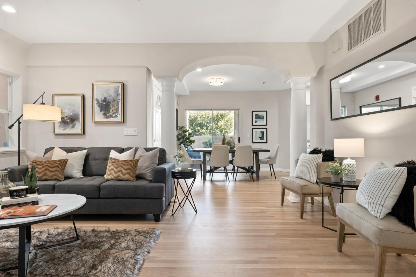 Detail Gallery Image 1 of 1 For 111 E Poplar Ave #103,  San Mateo,  CA 94401 - 3 Beds | 2 Baths